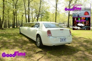 Chrysler 300 Stretch Limo Ext 3 300x199 Chrysler 300 Stretch Limo Ext 3