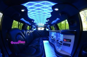 Chrysler 300 Stretch Limo Int 5 300x199 Chrysler 300 Stretch Limo Int 5