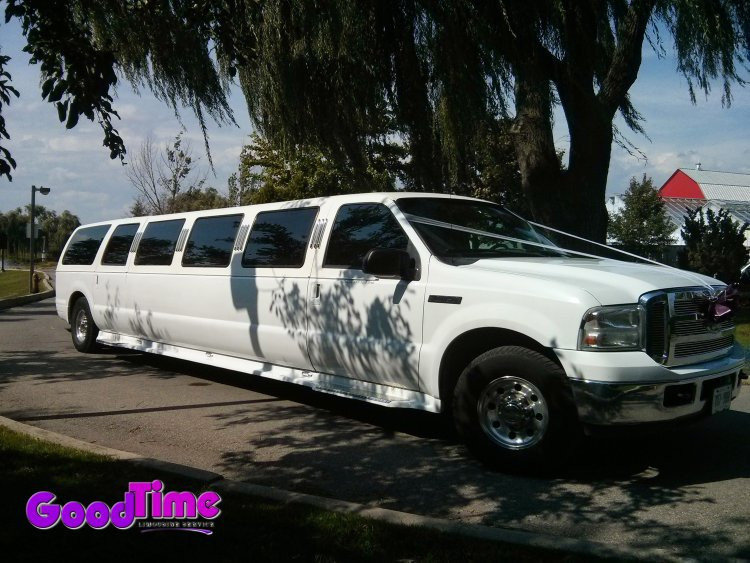 Ford Excursion SUV Stretch Limousine Exterior LIMO RENTAL FLEET