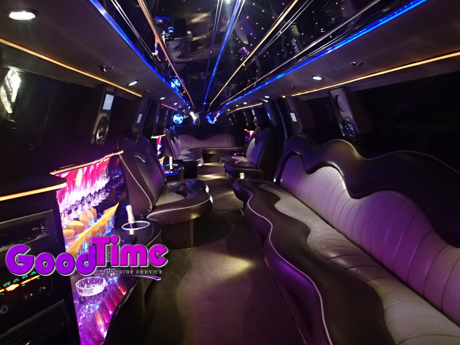 Ford F650 SUV Stretch Limo Hummer Killer 30 passengers int 4 1 TORONTO LIMO RENTAL FLEET