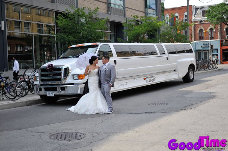 Ford F650 Stretch SUV Wedding Limousine 30 Passenger Hummer Killer LIMO RENTAL FLEET