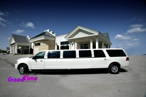 Lincoln Navigator SUV Stretch Limo Ext 2 300x200 Lincoln Navigator SUV Stretch Limo Ext 2