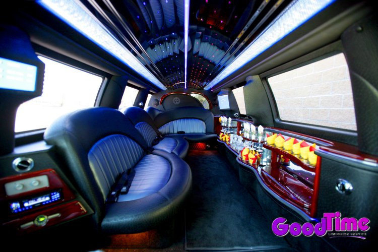 Lincoln Navigator SUV Stretch Limo Interior TORONTO LIMO RENTAL FLEET