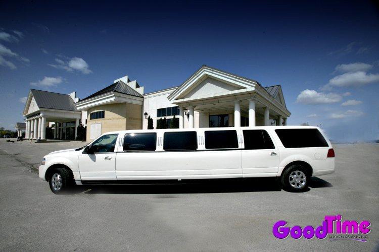 Lincoln Navigator SUV Stretch Limousine Exterior LIMO RENTAL FLEET