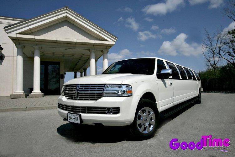 Lincoln Navigator SUV Stretch Limousine Rental Service1 TORONTO LIMO RENTAL FLEET