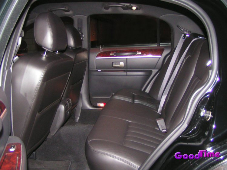 Lincoln Town Car Limo Interior LIMO RENTAL FLEET