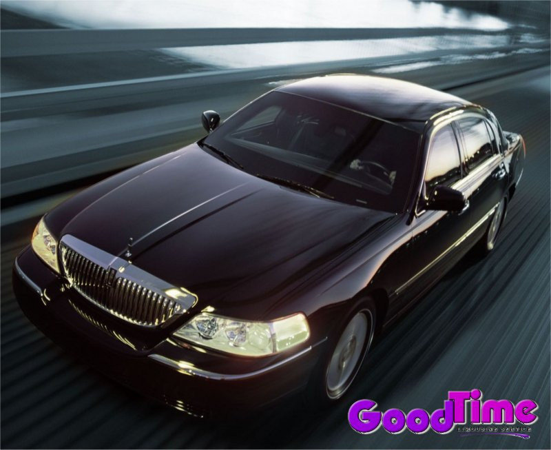Lincoln Town Car Limo Rental Service1 LIMO RENTAL FLEET