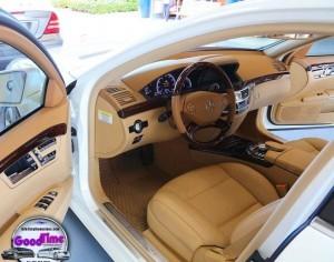 Mercedes Benz S550 Sedan Limo Interior 1 300x236 Mercedes Benz S550 Sedan Limo Interior 1