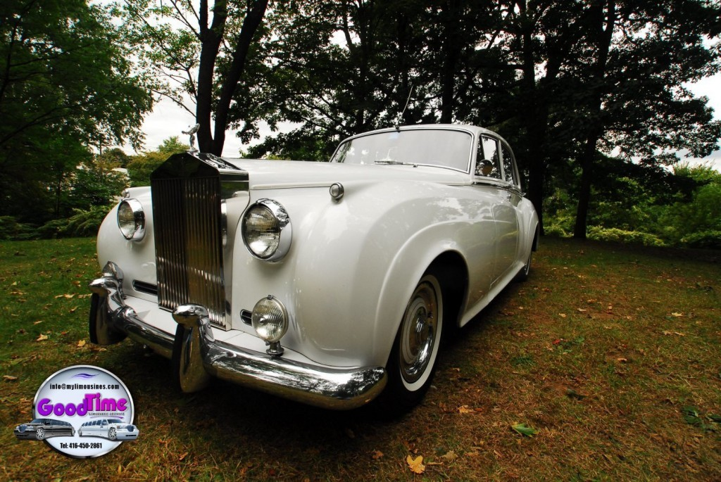 RR 3 passenger rolls royce silver ext 9 1024x685 LIMO RENTAL FLEET