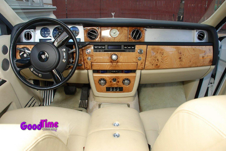 Rolls Royce Phantom White Limo Int 7 1 TORONTO LIMO RENTAL FLEET