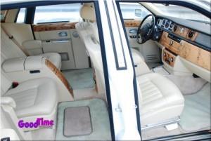 Rolls Royce Phantom White Limo Int 81 300x201 Rolls Royce Phantom White Limo Int 8